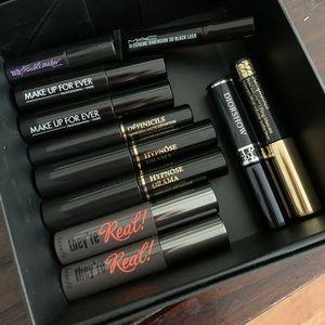 Brand New Set of 11 sample size Mascara